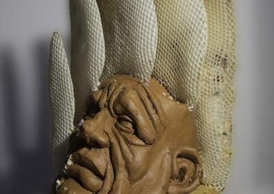 Apisculture réalisée par Philippe Laubigeau (les abeilles) et Jamy Pruvot (la tête)